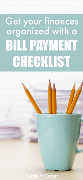 Get your finances organized with a bill payment checklist. No more late payments when you use this free printable to track and pay your monthly bills.