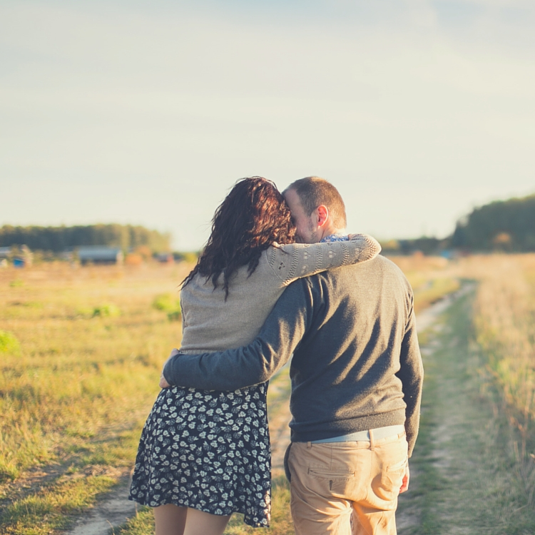 7 Ways To Save Money On Date Night