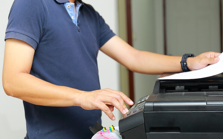 16 Best Places With Fax Services (Near You)