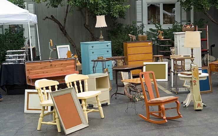 8 Ways to Get Free Furniture