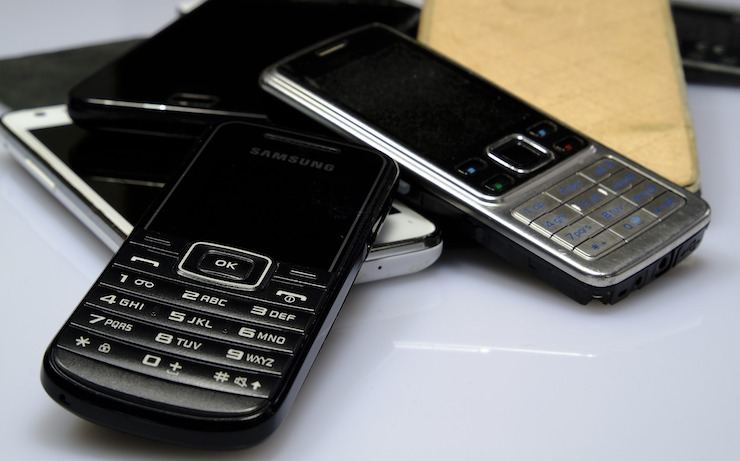 14 Places to Sell Your Old Phone for Cash